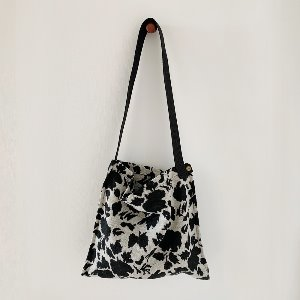(new5%) wool simple bag_ again