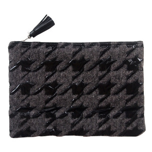 (sale)houndtooth wool big pouch(교환환불X)