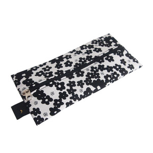 zoezoe_pencil case